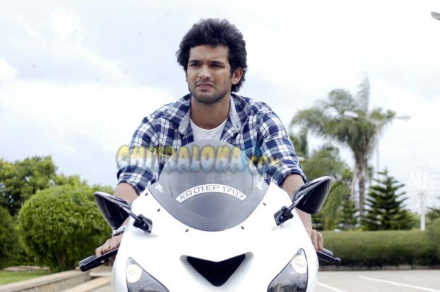 Diganth Jolly Boys Movie Image