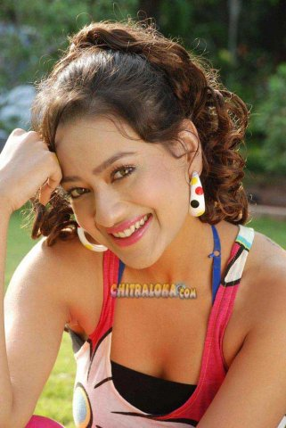 Madalasa Sharma Hot Images