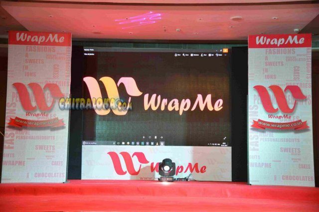 Wrap Me App Launch Gallery