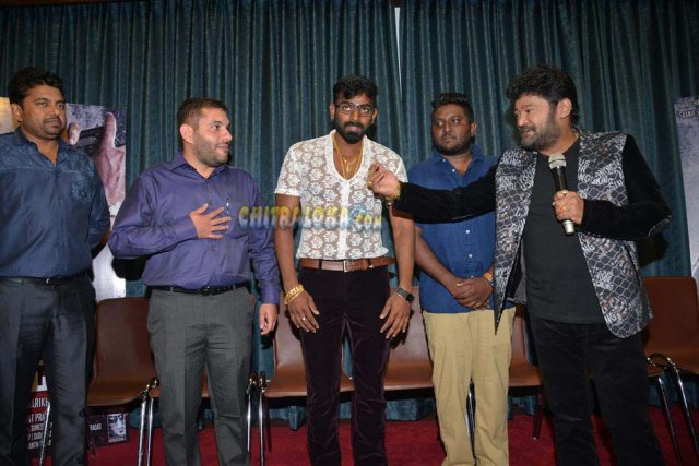 8MM PressMeet Image