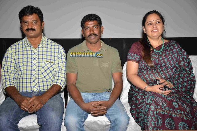 Bombeyaata Movie Pressmeet Gallery
