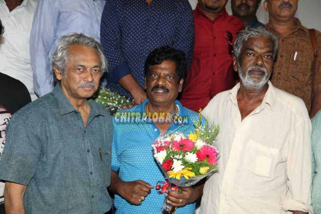 Maarikondavaru Movie Press Meet Gallery