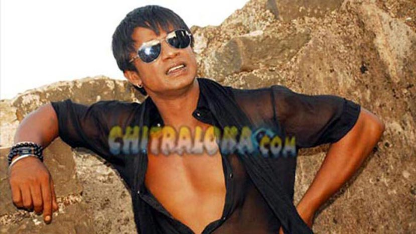 Vijay Does a Risky Stunt Once Again