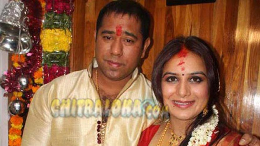 pooja gandhi with anand gowda image