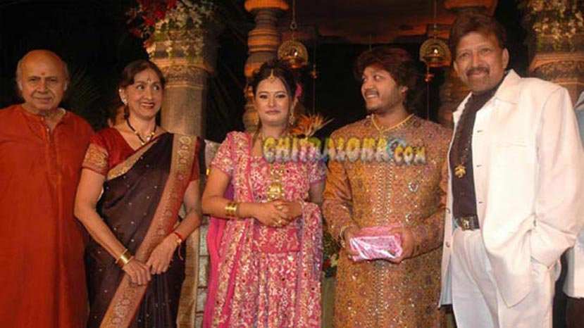 ganesh wedding reception image