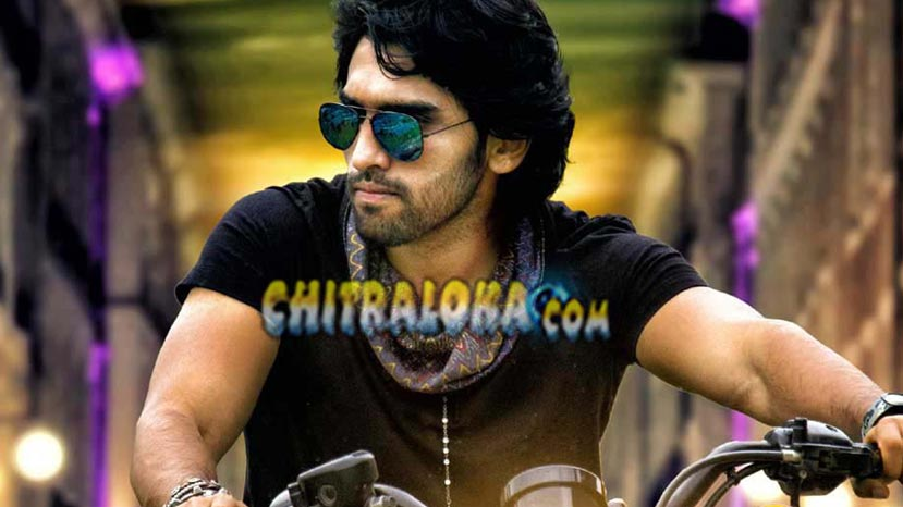 actor anish tejeshwar image