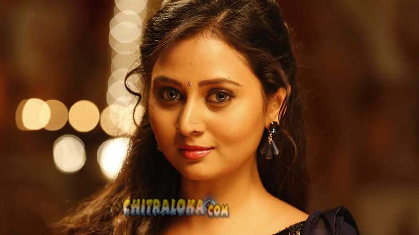 amulya will not contest in elections