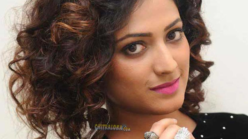 haripriya confirmed for kurukshtera