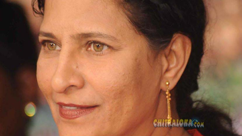 director kavitha lankesh is the head of 2016 award panel