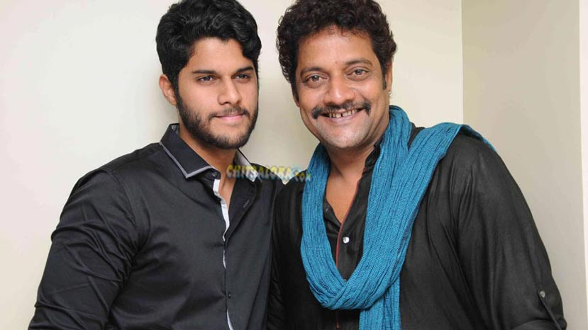 ravishnakar to introduce his son to films