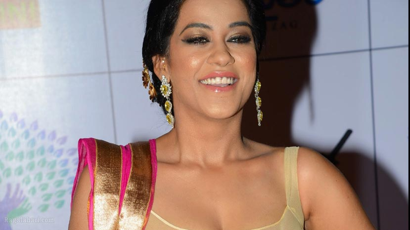 mummaith khan in a special song for dandupalya 4
