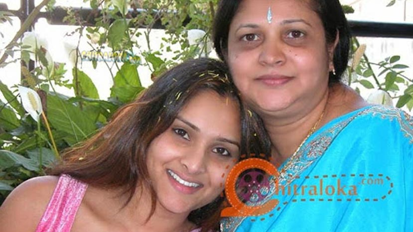 ramya's mother speaks