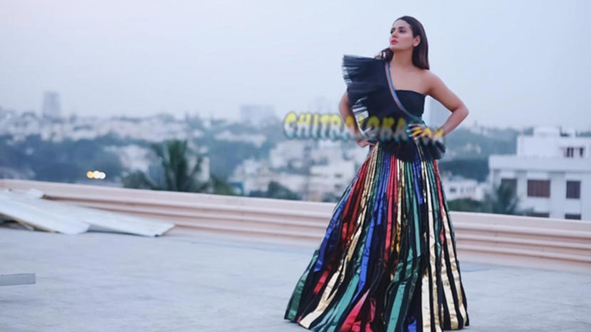 parul yadav pens two stories during lock down
