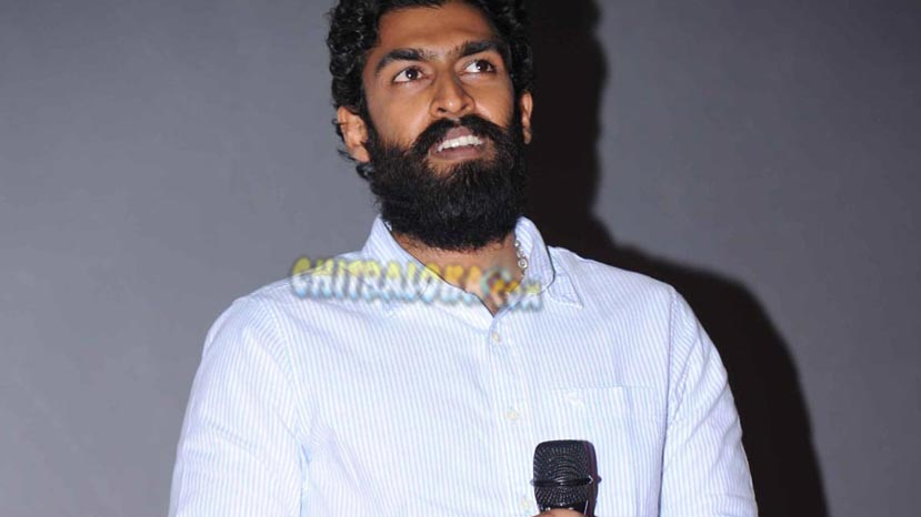 vinay rajkumar debuts on small screen