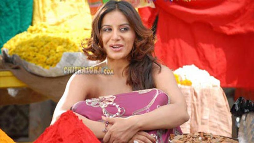 pooja-gandhi-fucked-naked-cum-dripping-wife-pictures
