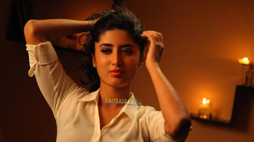 kumari 21 f heroine talks about her film